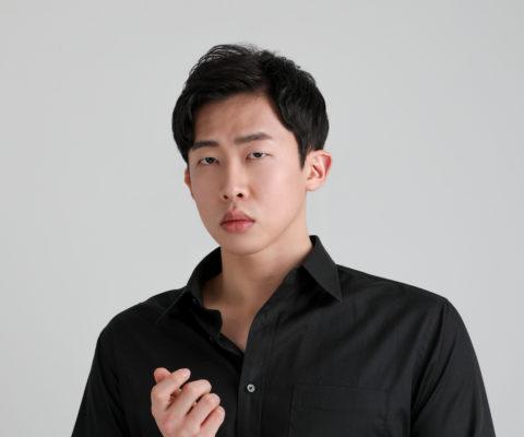 배우 김지후